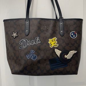Coach City Signature Varsity Patches Zipper Tote